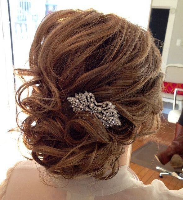 Wedding Hairstyles For Medium Hair Look Fabulous With The Addition Of A White Silk Flower Its Simple Natural And More Sophisticated Than Diamante